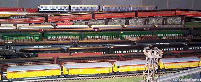 MTH Daylight passenger cars